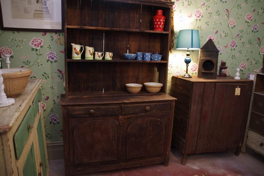 1860 S Farmhouse Kitchen Dresser Stalking Cat Antiques